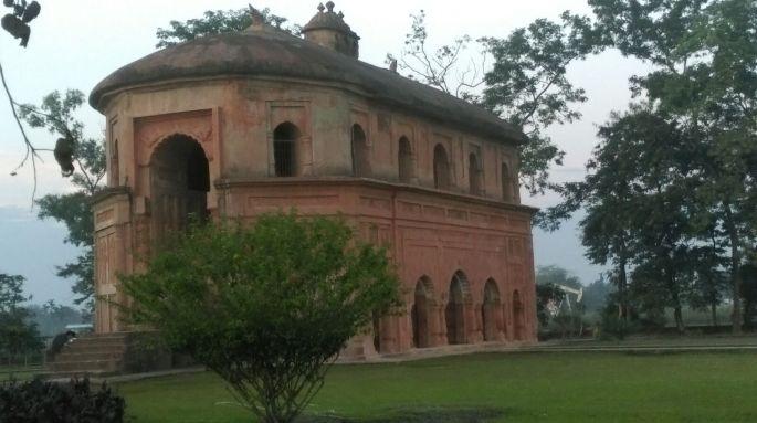 Assam Sivasagr Monuments, the Ahom Dynasty Monuments, The Talatal Ghar at Sivasagar, the Karng ghar at Sivasagar, Assam Ecotourism homestay, Festivals of Assam and North East India, Sivasagar and Majuli in Assam