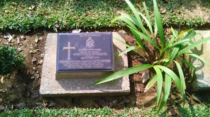 Guwahati War Cemetery 15.jpg