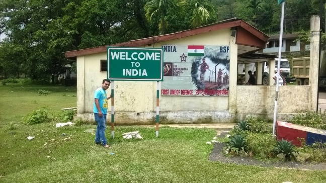 North East India Trekking Tours, Mawlynnong Village Trek, Mawhplang Meghalaya, Living Root Bridges Meghalaya